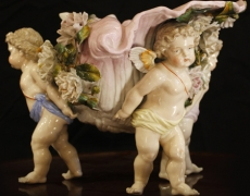 MAI 2016. «Sous le signe de l'Art Floral» chez les Antiquaires de Versailles.