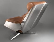 Le designer Xavier Féal – mobilier et luminaires  inox – une rétrospective présentée en mars-avril par la Galerie Meubles & Lumières